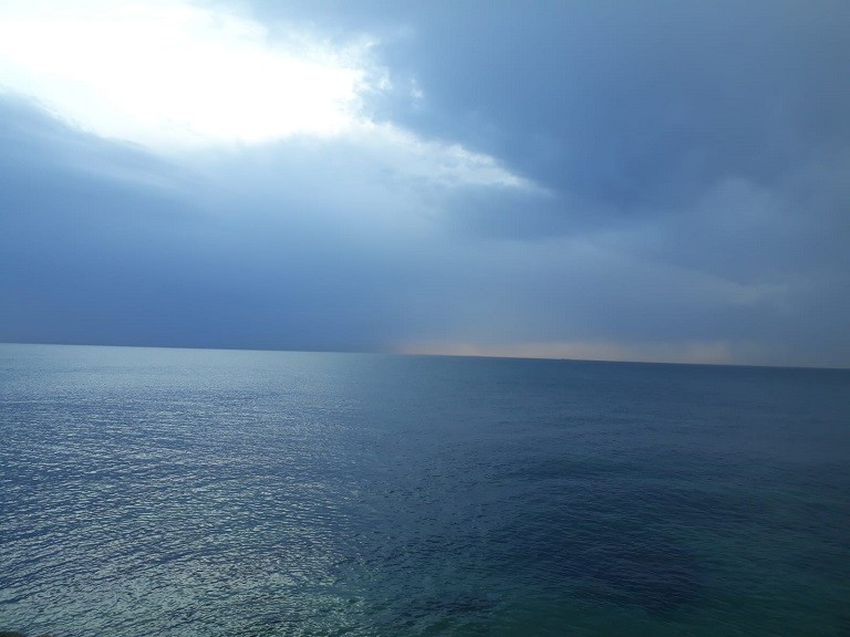 calm sea to illustrate the mind ind like water idea in GTD