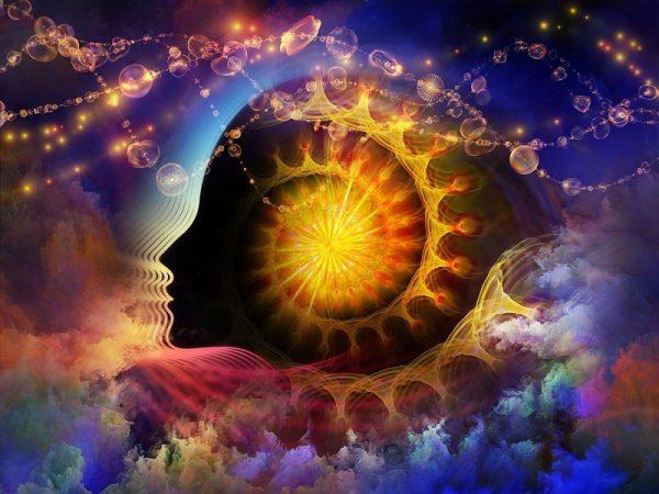 אש יוצאת מהמוח ומתממשת למחשבות