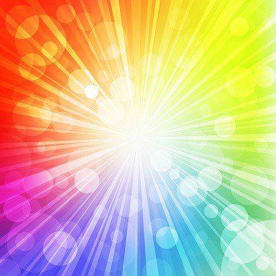 אור זורח לכל הכיוונים בצצבעי הקשת